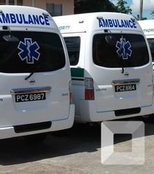 72be5e 6 ambulances x220