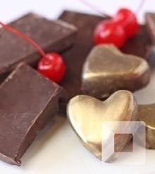 E8c95b cherry chocolate heart truffles 17 x220