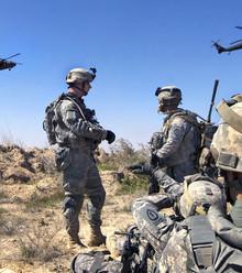 36a1fd u s army   hovering hawks x220