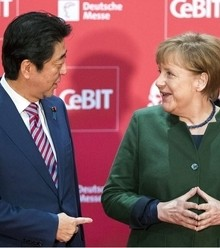 967fb8 angela merkel shinzo abe x220