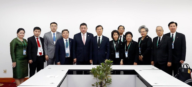 b19fc0_pr5_x974 УИХ-ын дарга дэлхийн улс орнуудын парламентын тэргүүн нартай уулзалт хийж байна