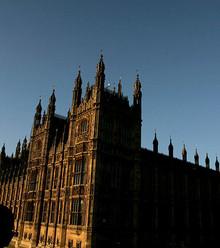 62743e uk parlament house x220