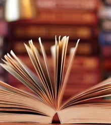 B741f2 books x220