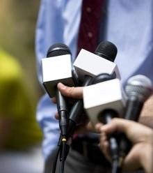 0b2e30 reporters media x220