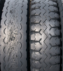 38ea39 old tires x220
