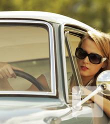 7e631c car woman x220