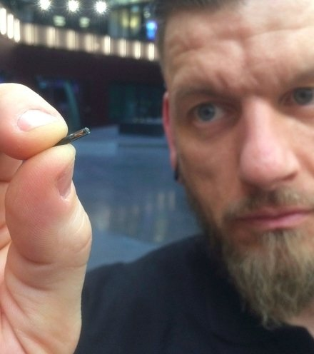 80bf7c swedish implant chip x220