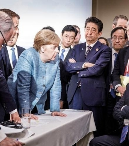 02c785 trump and g7 x220