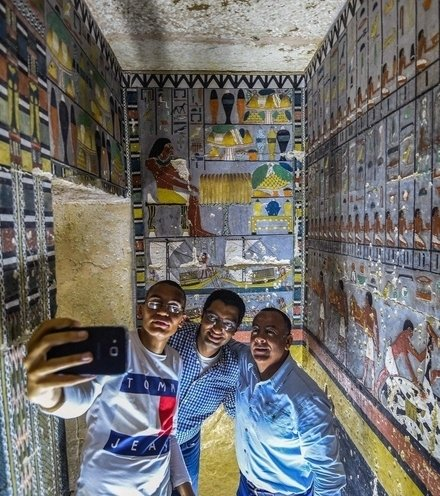 Cbac08 egypt tomb x220