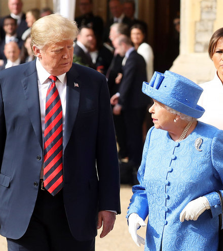 66eef9 trump and queen x220
