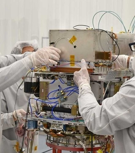 Ec000e deep space atomic clock x220