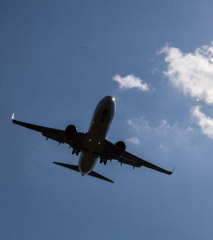 Sldiwf air travel 2 x220