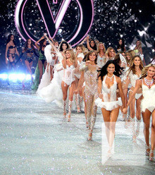 F57a39 victoria secret angels victoria secret fashion show x220
