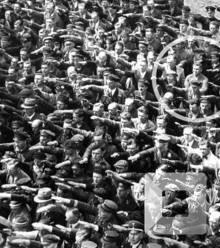 7f8341 august landmesser man refused salute hitler 1936 x220
