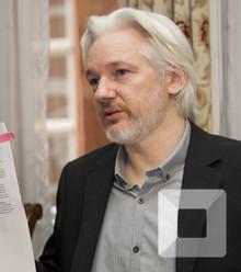 99fc1d julian assange x220
