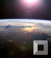 06fece earth from space x220