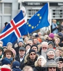 882922 iceland protest x220