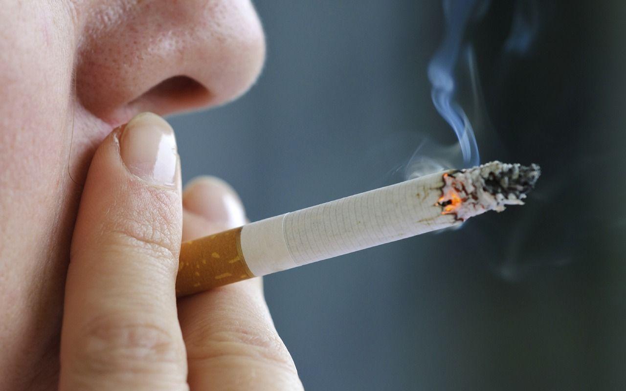 Тамхи татдаггүй ажилтнуудаа илүү амраана