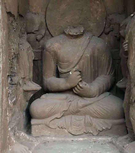 15601c pakistani buddha x220