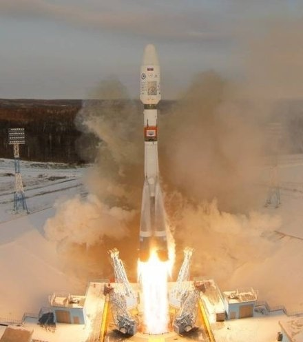 159bfd russian rocket launch x220