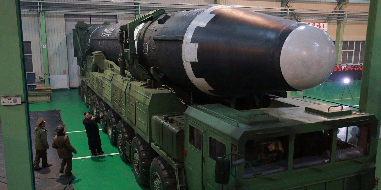 Хойд Солонгосын шинэ пуужингийн зураг судлаачдыг гайхшруулж байна