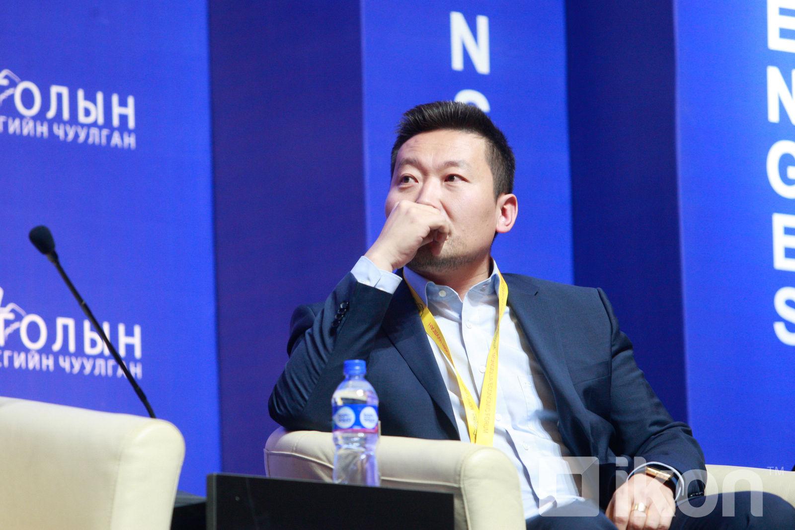 Хассуурийн Ганхуяг: Би Ардчилсан Намын даргыг амалж өрсөлдөнө