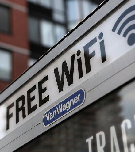 525568 free wifi logo x220