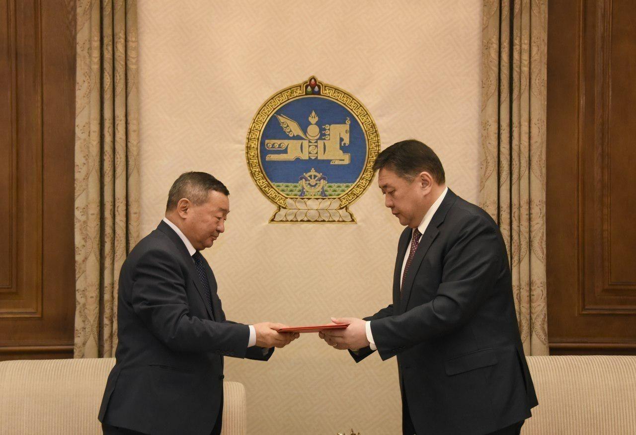 Замын-Үүдэд Хятадын Ерөнхий консулын барилгыг барих газрыг улсын тусгай хэрэгцээнд авах төслийг боловсруулжээ