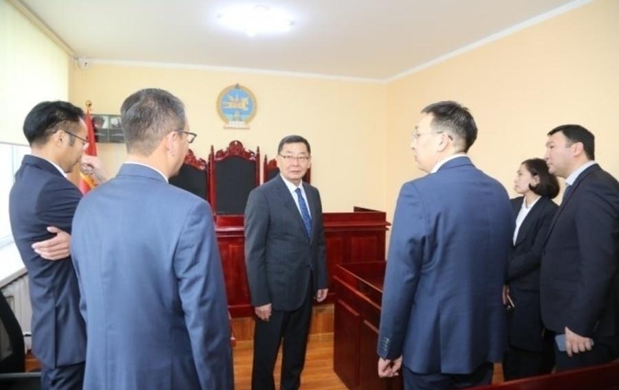 9f8d4c_1541570034_pt2a2676_h450 Баянзүрх дүүргийн иргэний хэргийн анхан шатны шүүх Монгол кино үйлдвэрийн ард байрладаг боллоо