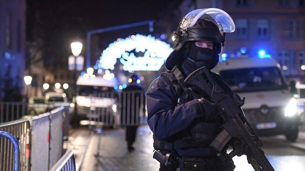 Францын Страсбург хотод зэвсэгт халдлага гарч дөрвөн хүн амиа алдлаа