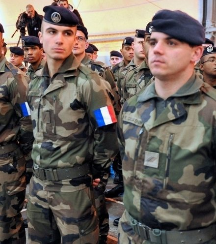 33961a french army in syria x220