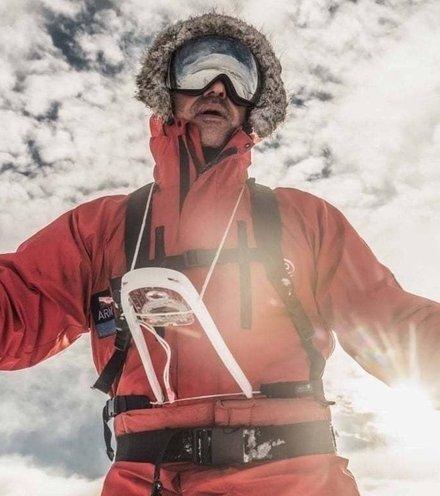 17af6a briton antarctica voyage x220