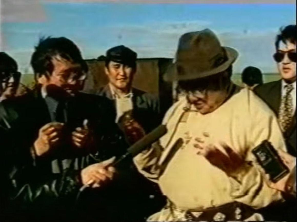 Монгол одоо болтол нефть боловсруулах үйлдвэргүй байгаа нь ХЭНИЙ БУРУУ ВЭ?