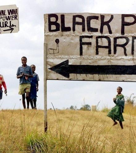 E04c5b zimbabwes land grab x220