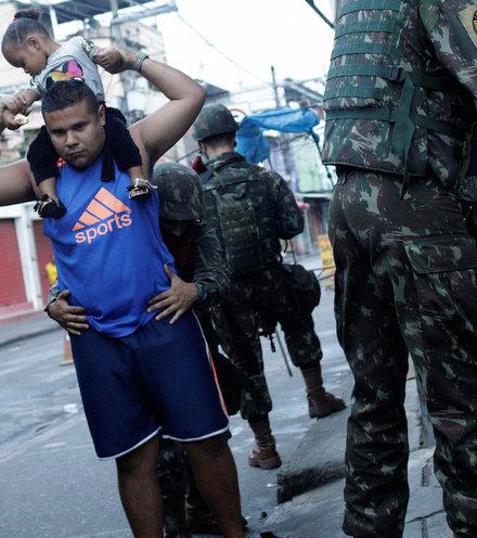 8ff7b7 rio military deployment x220