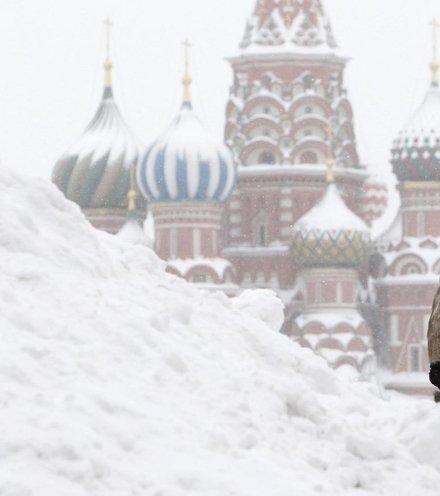 D6e515 moscow snow 2 x220