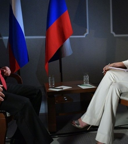 1204f4 putin interviewed by megyn kelly x220