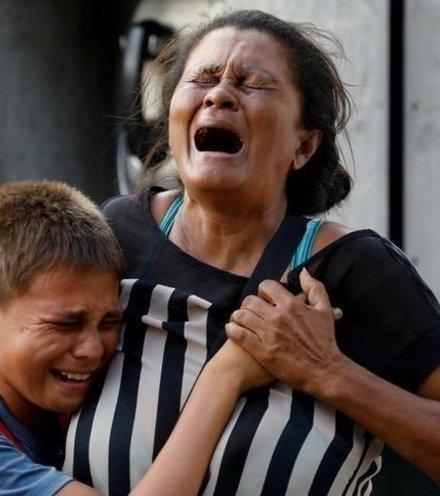 383984 venezuelian prison riot x220
