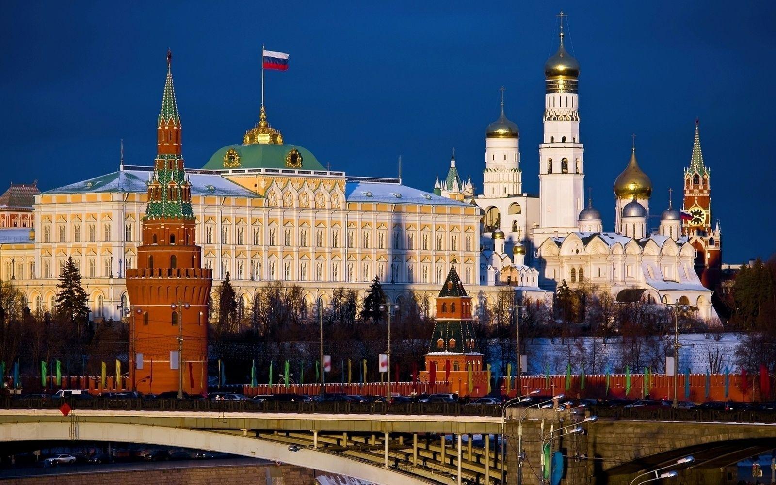 Америкийн 60 дипломатчийг Оросоос хөөж, Санкт Петрбургийн консулын газрыг хаахаар боллоо