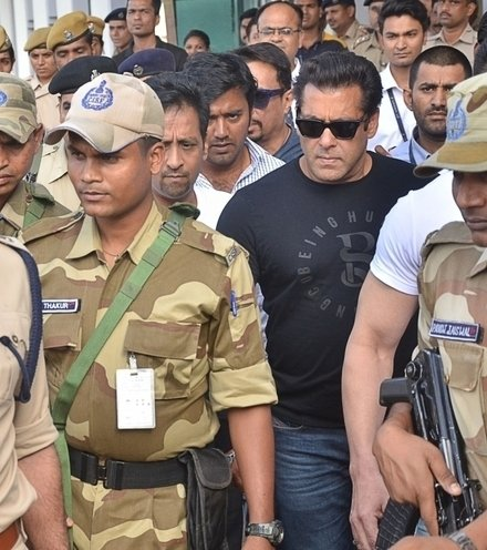 45fe8d salman khan convicted x220