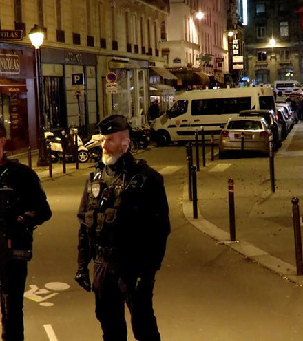 161755 paris attack x220