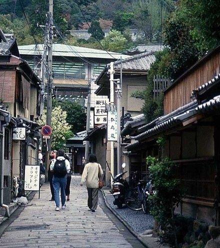 F4e3bb japanese street x220