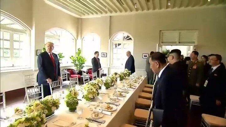 Трамп, Ким хоёр хэлэлцээрийн үр дүнг зарлах гэж байна undefined