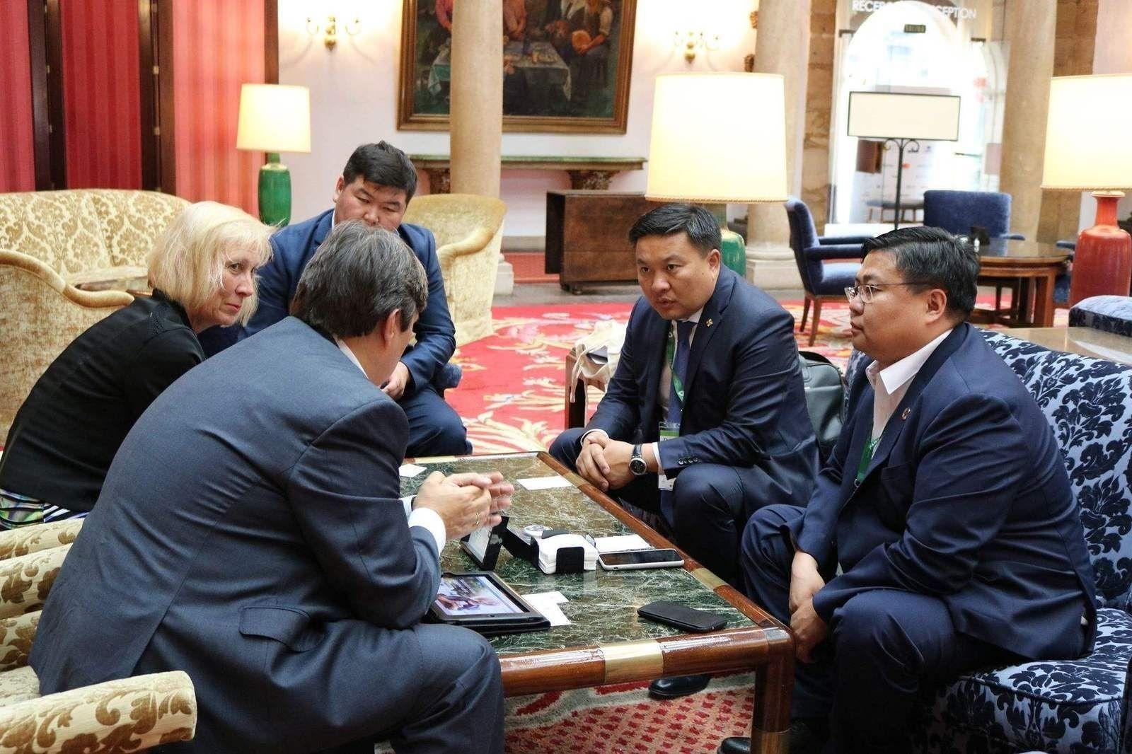 Монгол Улсад аялал жуулчлалын статистик мэдээллийг тооцоолох аргачлалыг нэвтрүүлэх талаар санал солилцов