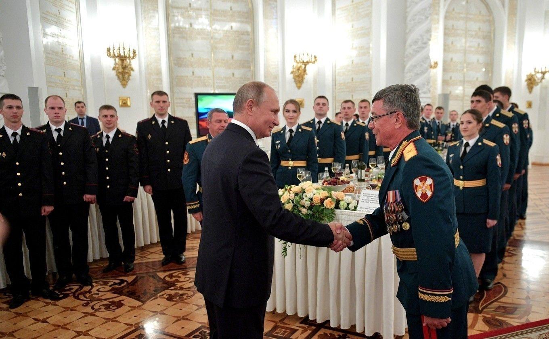 Цөмийн зэвсгийн хөгжлөөр өрсөлдөгчдөөсөө олон жилийн түрүүнд яваагаа Путин гайхуулжээ