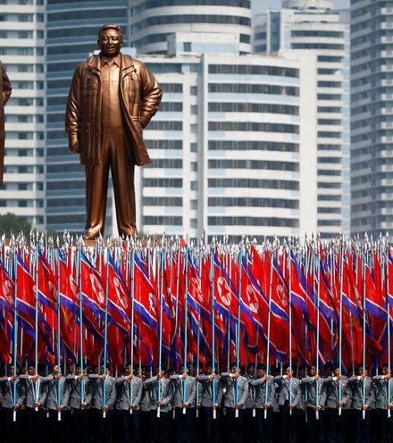 4fbdf1 north korean parade x220