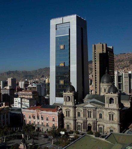 2b9306 bolivia president palace x220