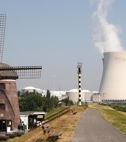 18764d nuclear power europe x220