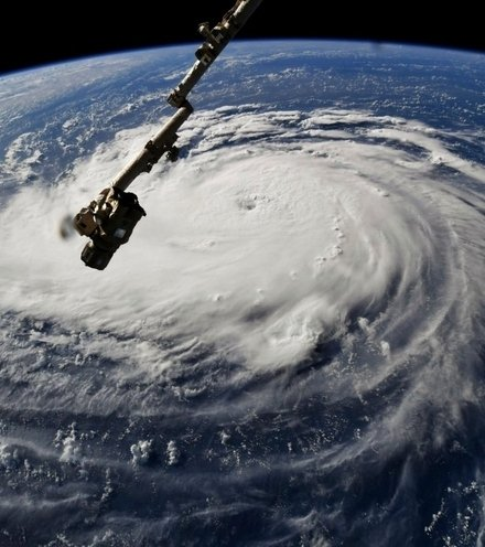 8f87aa hurricane florence x220