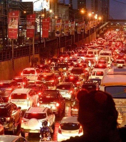 464f00 manila traffic congestion x220